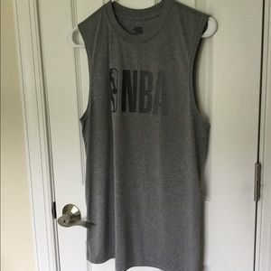 EUC Men's Sleeveless NBA Tank Top 🏀